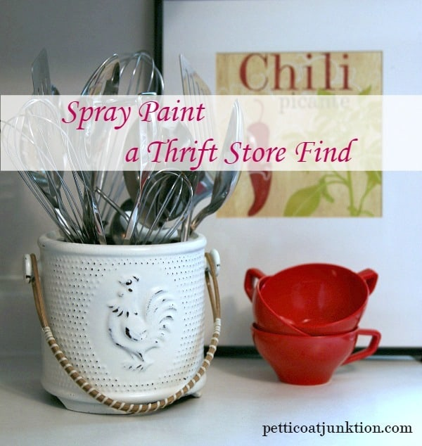 spray paint a utensil holder Petticoat Junktion thrift project