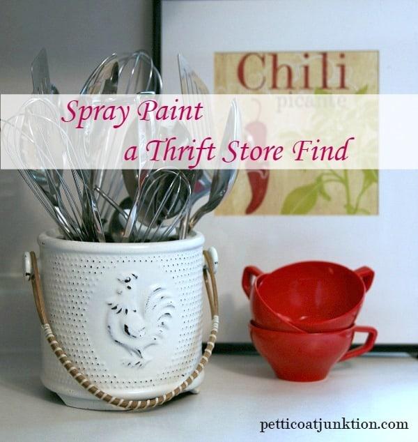 spray paint a utensil holder Petticoat Junktion thrift project