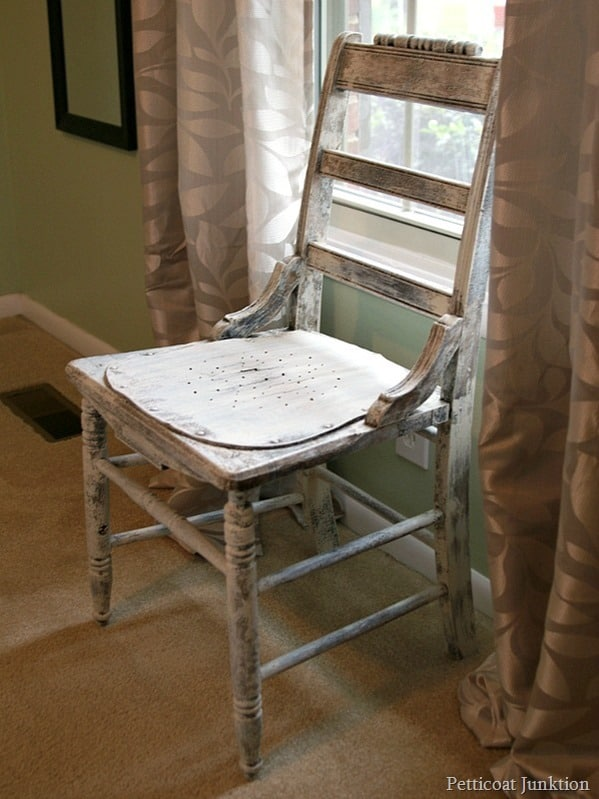 painted chair Petticoat Junktion decluttering my home