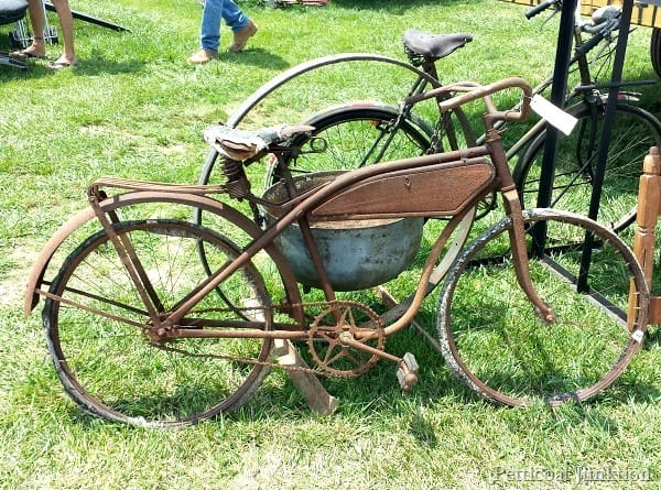 rusty bicycle 400 mile yard sale Petticoat Junktion