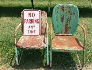 rusty-chippy-metal-chairs-400-mile-yard-sale-Petticoat-Junktion-.jpg