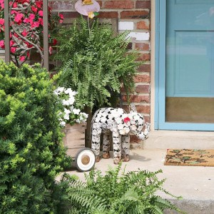 flowers-summer-porch-tour-Petticoat-Junktion-e.jpg