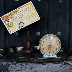 Vintage Door Knob DIY Photo Recipe Holder