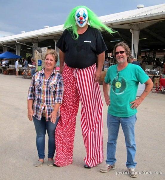 Debbie and Jimbo Nashville Flea Market Petticoat Junktion shopping trip