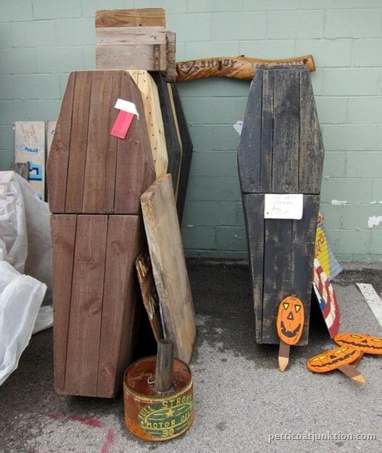 halloween coffin display Nashville Flea Market Petticoat Junktion shopping trip