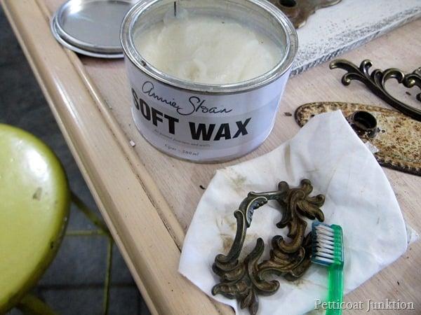 waxing hardware Petticoat Junktion
