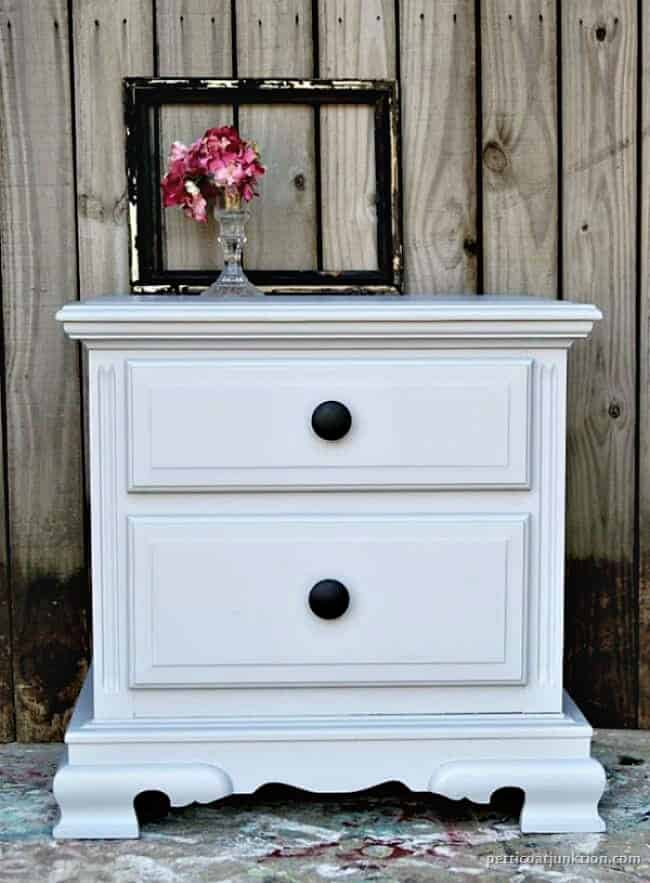 How To Change Drawer Pulls As Part Of A Complete Furniture Makeover 1