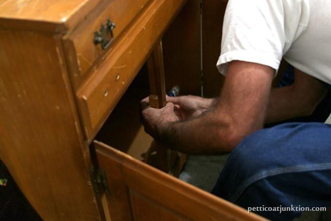 installing magnetic cabinet door closure Petticoat Junktion