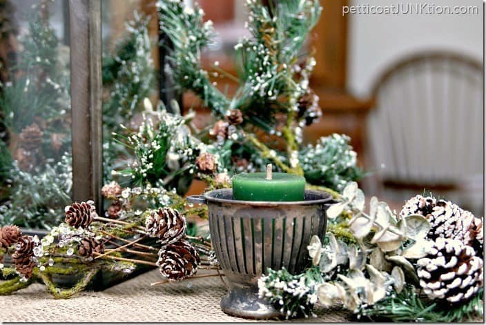 Christmas Decorating vintage and new At Home project Petticoat Junktion 1
