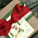 Christmas-gift-wrap-idea-burlap-ribbon-and-Kraft-paper-Petticoat-Junktion.jpg