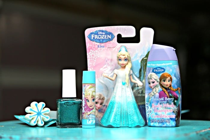 Elsa themed gifts to put in mason jar for Christmas gift
