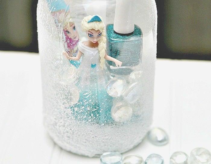 mason jar gift idea with Elsa from Frozen