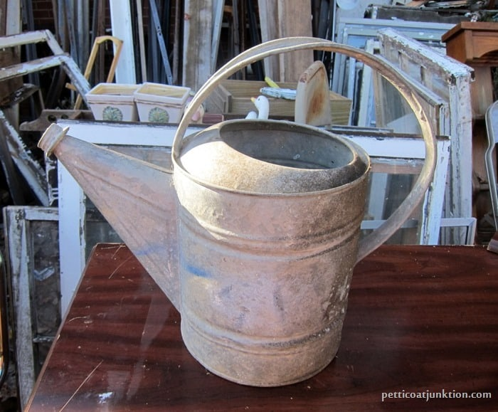 metal watering can Petticoat Junktion