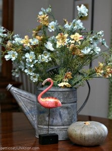 ink-flamingo-and-turqoise-flower-display-Petticoat-Junktion.jpg