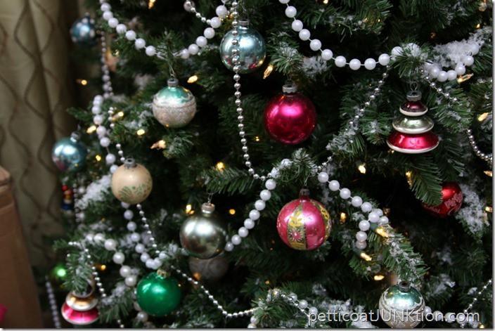 Christmas Tree Petticoat Junktion