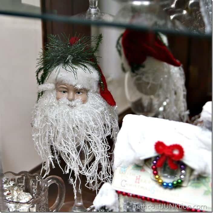 Santa Claus display Petticoat Junktion
