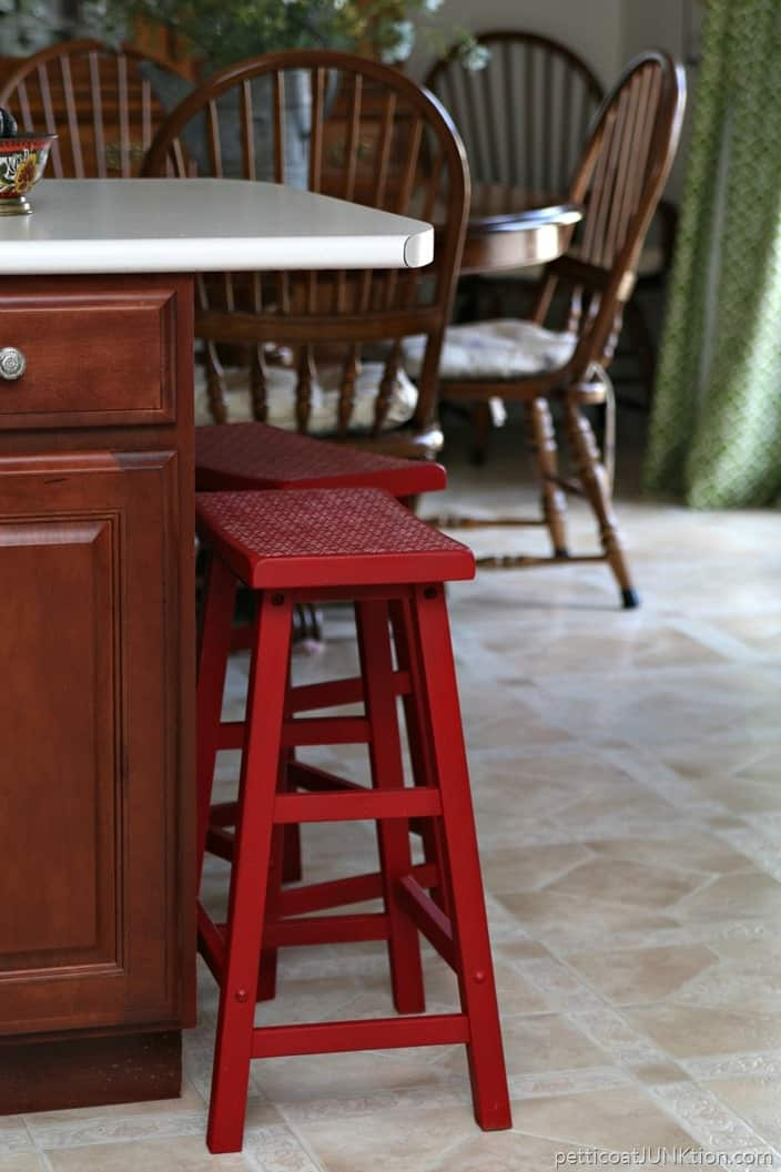 Why I Painted My Bar Stools FolkArt Home Decor Imperial Red Petticoat Junktion Plaid Creators project