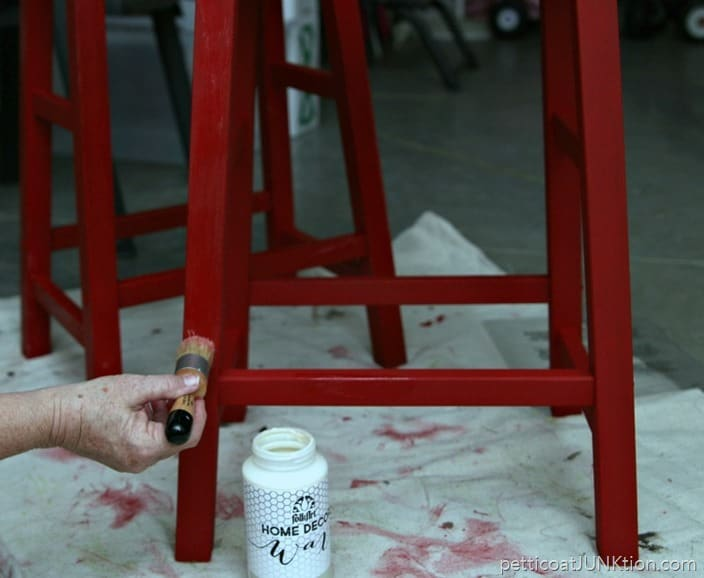 applying FolkArt Home Decor Wax to painted furniture Petticoat JUnktion