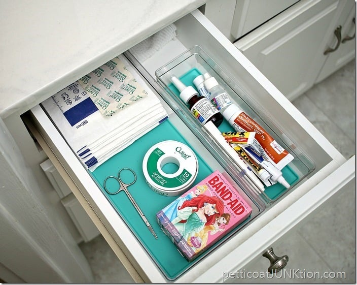 bathroom drawer organization Petticoat Junktion project
