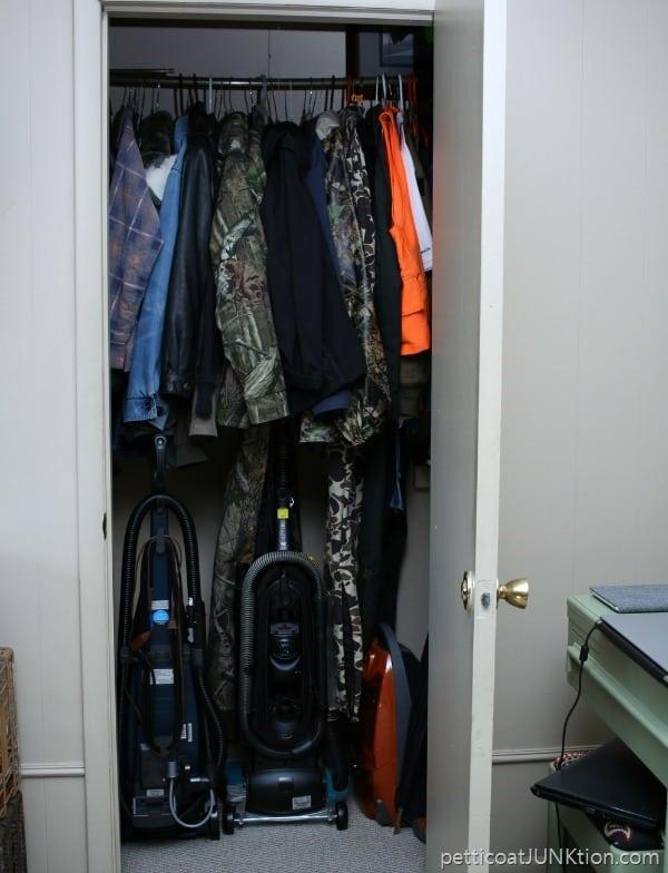 bedroom organization Petticoat Junktion 9
