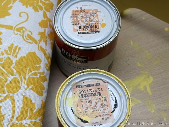 I used the wrong paint color Petticoat Junktion yellow furniture project.