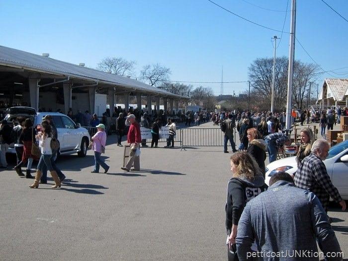Nashville Flea Market crowds Petticoat Junktion shopping