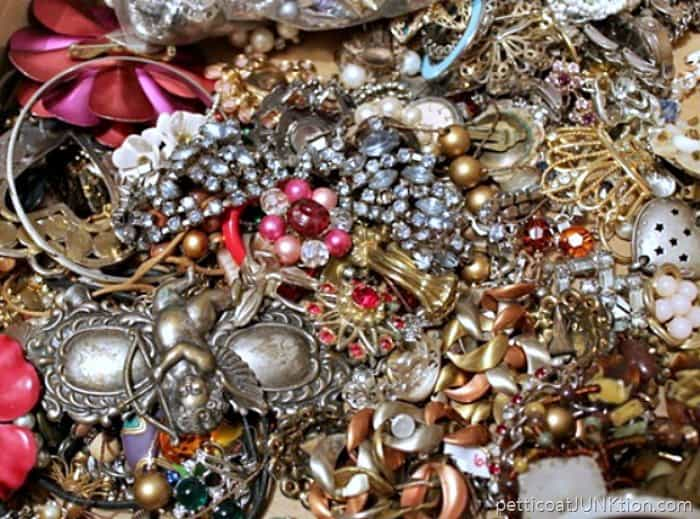 junk jewelry Petticoat Junktion
