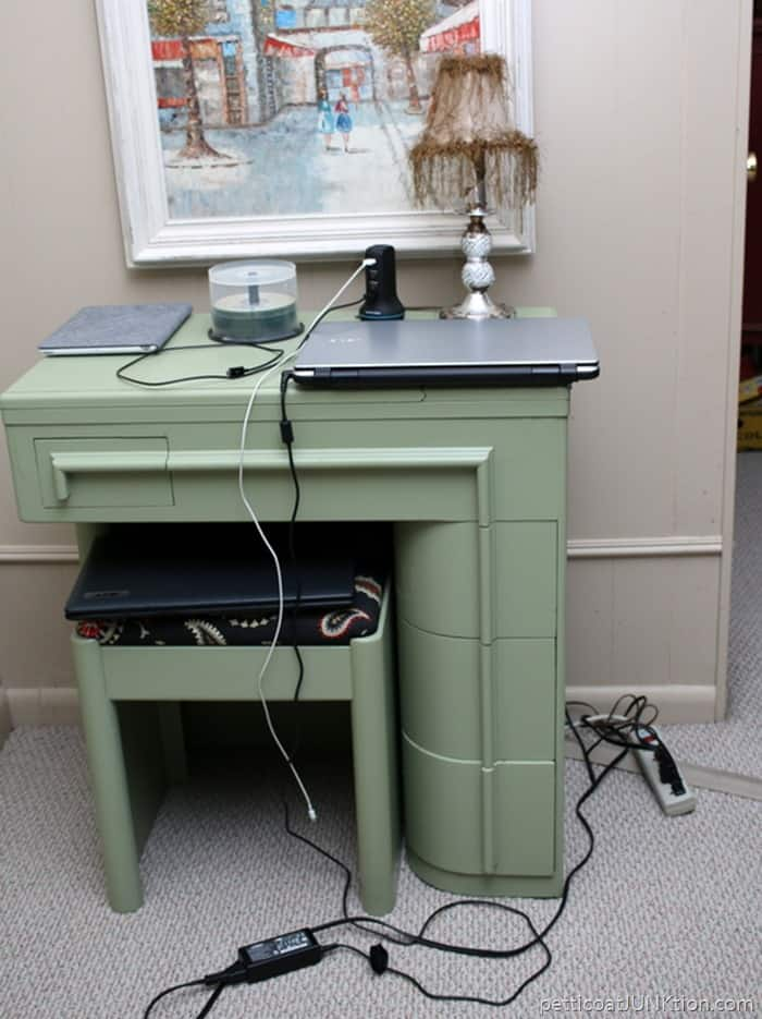 Do you want to see what our house really looks like Petticoat Junktion desk