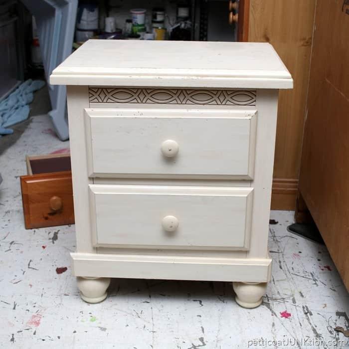 Neighbor Offers Me Free Furniture Petticoat Junktion nightstand freebie