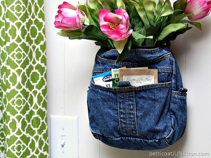 Pink Tulips In A Recycled Denim Purse Petticoat Junktion thrifty craft project
