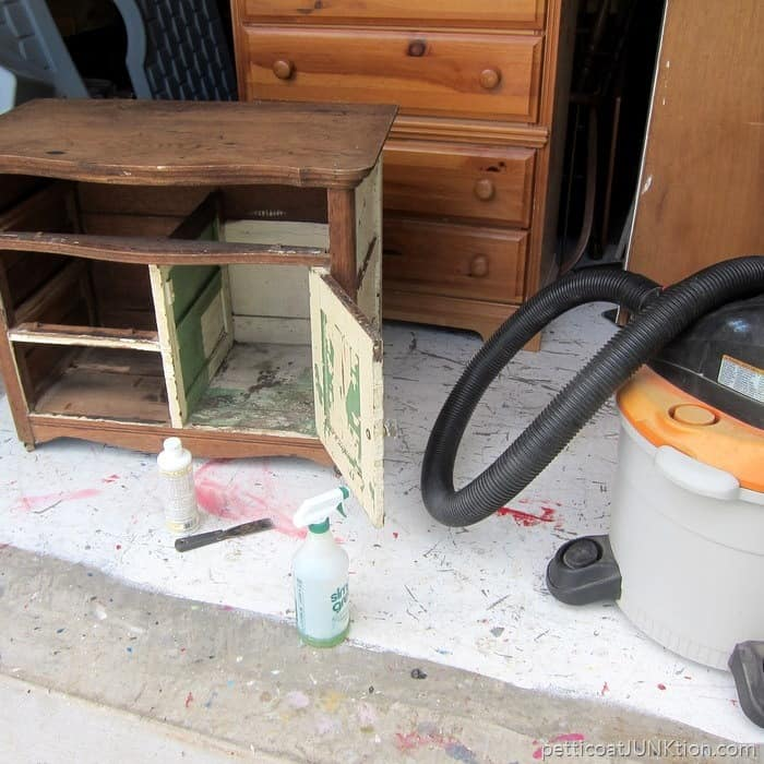 cleaning an antique dresser Petticoat Junktion project 7