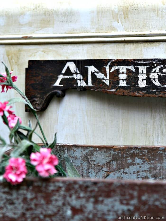 diy antiques sign Petticoat Junktion project