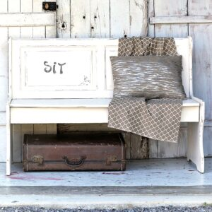 farmhouse style white bench makeover
