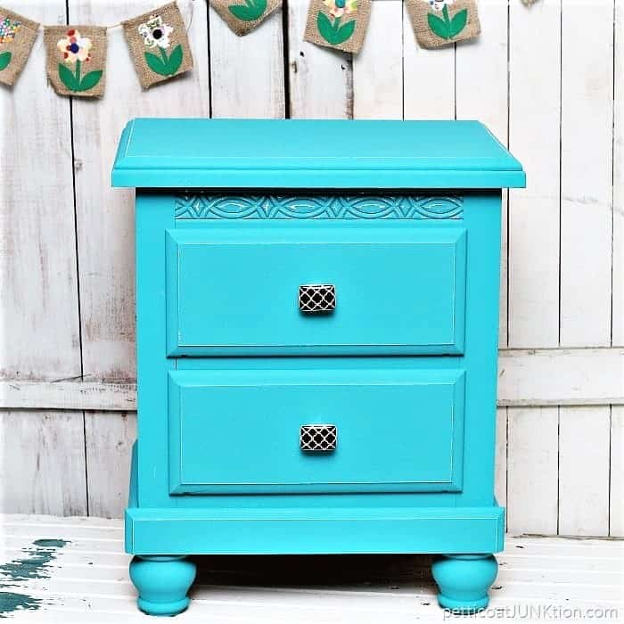 how to add decorative furniture knobs when doing a furniture makeover