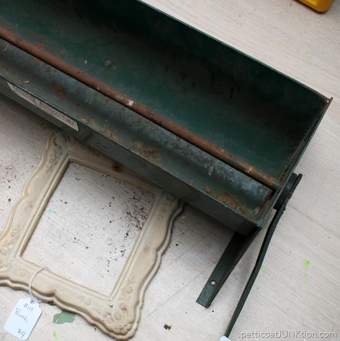 rusty junk finds Petticoat Junktion projects