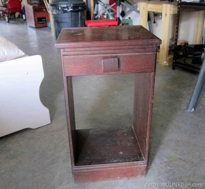 wood side table auction find Petticoat Junktion