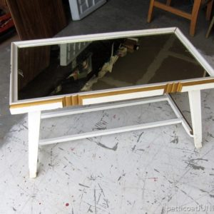 Is A Mirror Top Coffee Table A Yes Or No?
