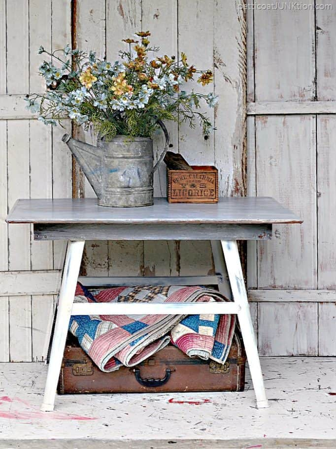 Perfect-Weathered-Gray-Wood-Finish-Petticoat-Junktion-furniture-project_thumb.jpg