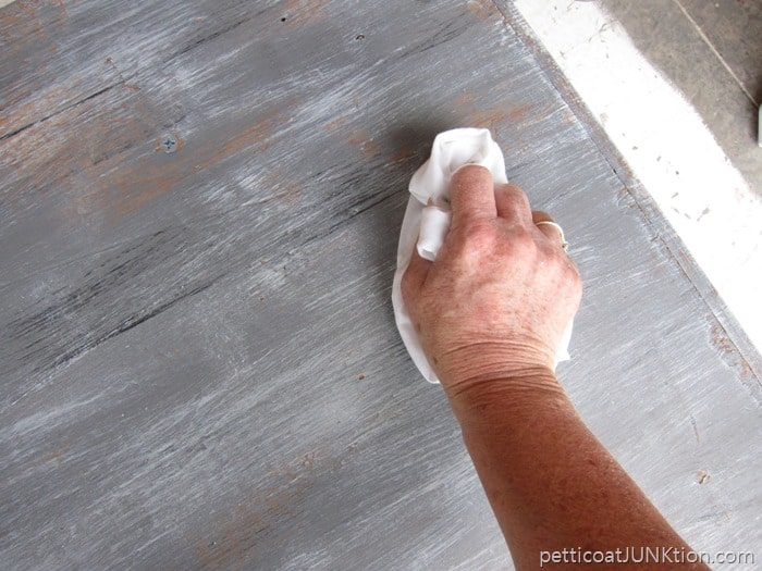 Blending Paint Colors Weathered Wood Gray Finish Tutorial Petticoat Junktion