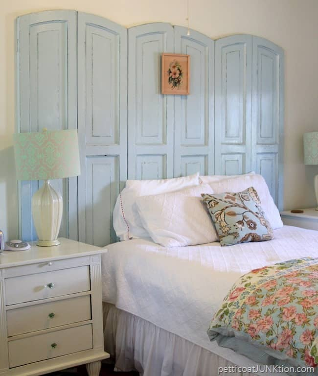 Bedroom Enlisted Mens Mess Hall Tybee Island Mermaid Cottages Petticoat Junktion vacation