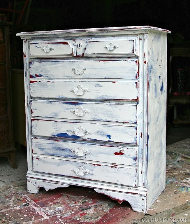 Red White Blue Furniture Makeover Is A Fireworks Dud Petticoat Junktion
