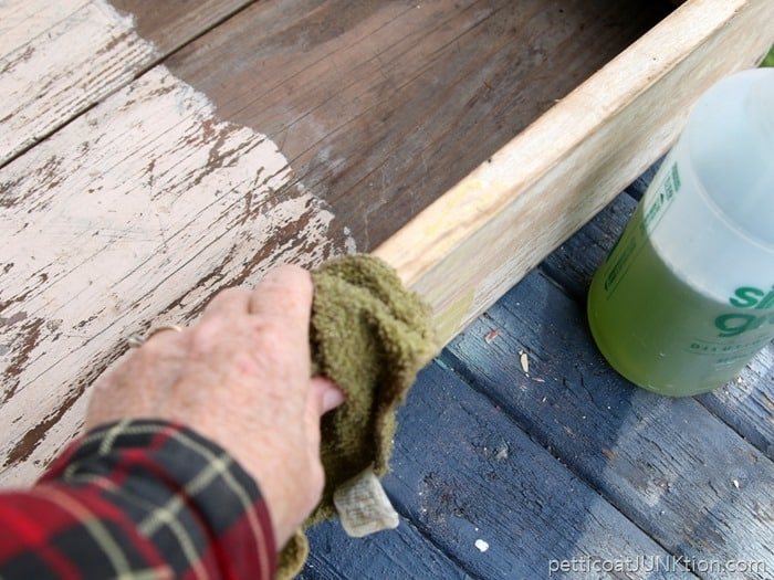 cleaning paint with Simple Green Petticoat Junktion