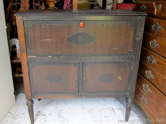 Flea Market Furniture Finds Will Keep Me Busy Petticoat Junktion