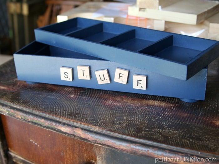 stuff box Petticoat Junktion