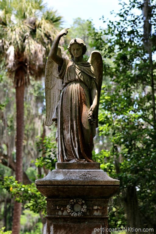 Bonaventure Cemetery Statues And Moss Covered Trees