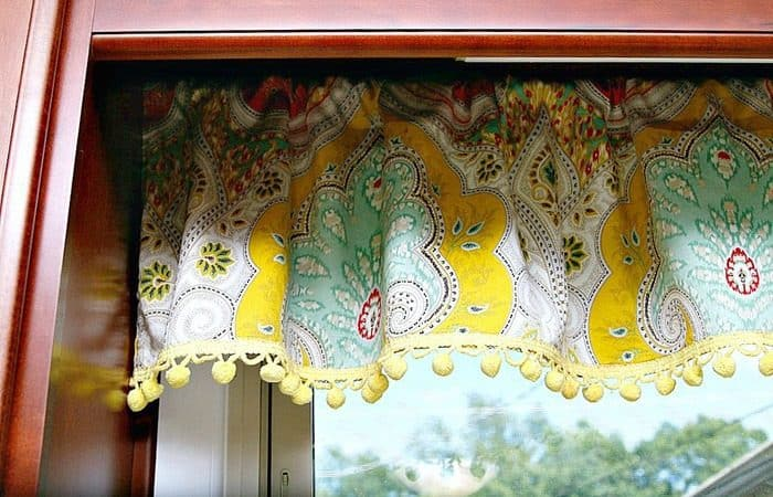 Kitchen-Curtains-With-Cheery-Yellow-Pom-Pom-Fringe-Petticoat-Junktion-2.jpg