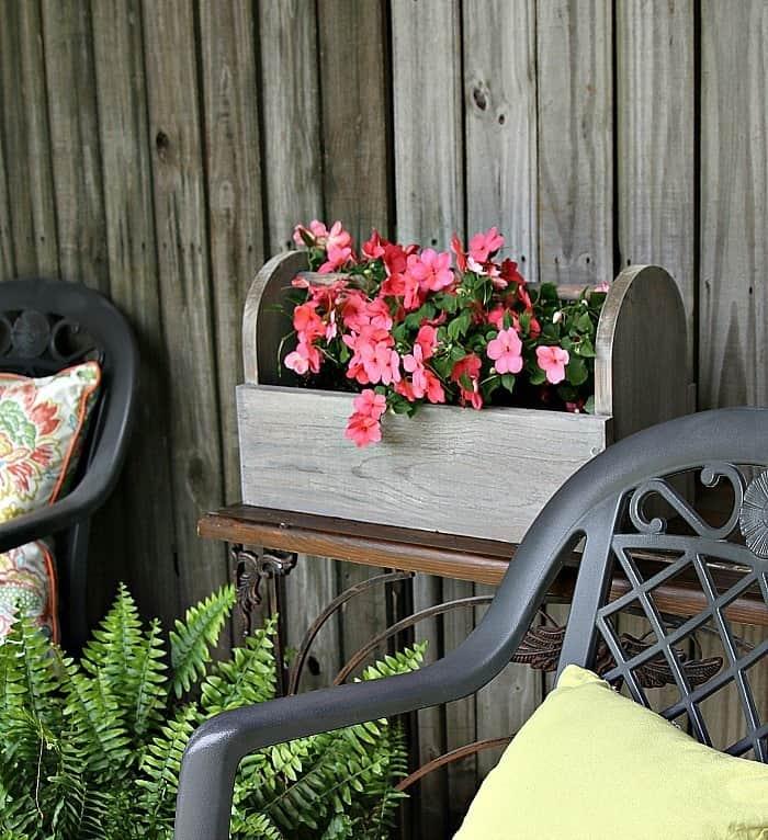 DIY weathered barnwood flower caddy