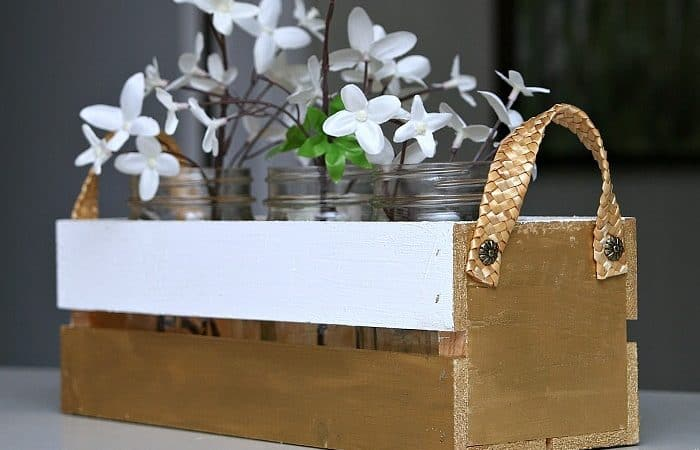 Up-Your-Decorating-Game-With-Metallic-Gold-Paint-Petticoat-Junktion-mason-jar-crate-project.jpg