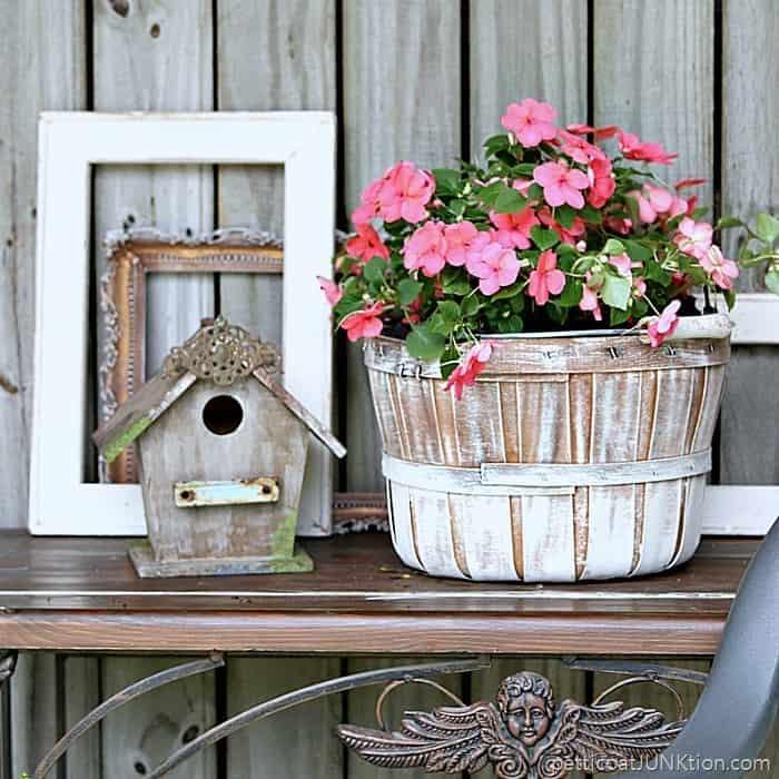 farmhouse decor Petticoat Junktion flower basket 2