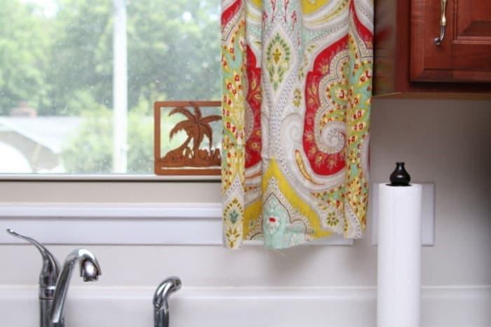 making kitchen curtains
